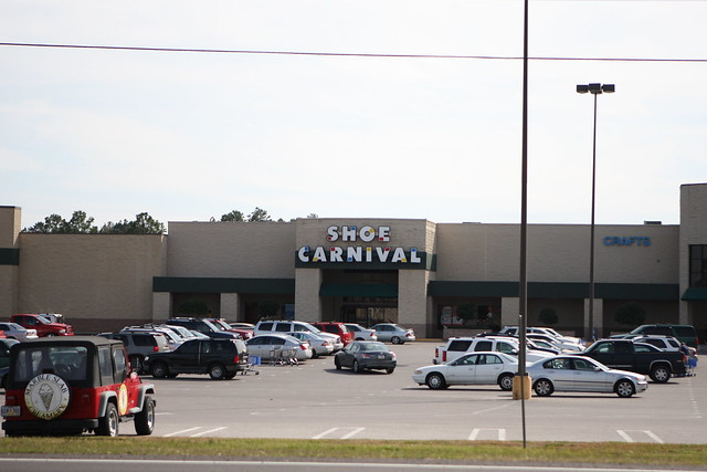 Mobile Mall Shoe Stores