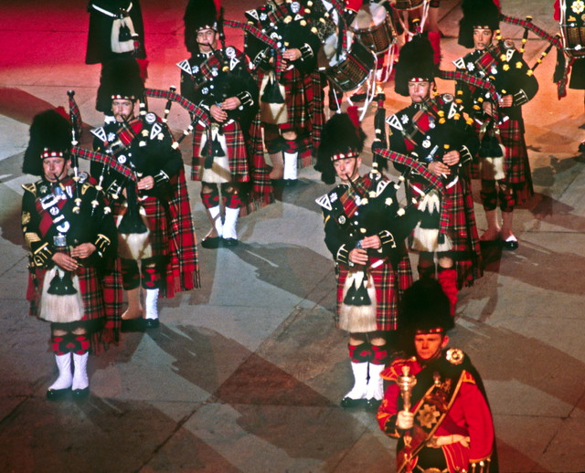 The Black Watch Pipers And Drummers The Massed Bands