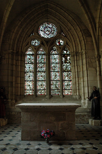 Int rieur glise st wandrille flickr photo sharing for Interieur eglise