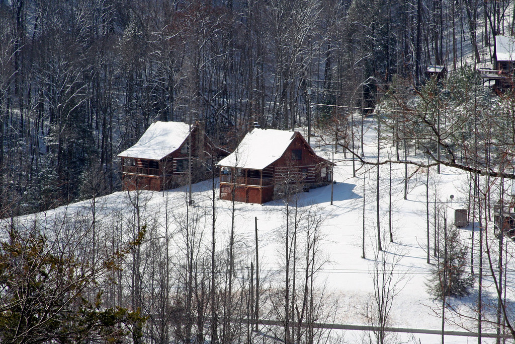 Cabins In The Snow Sevierville Tennessee Damon Lopez