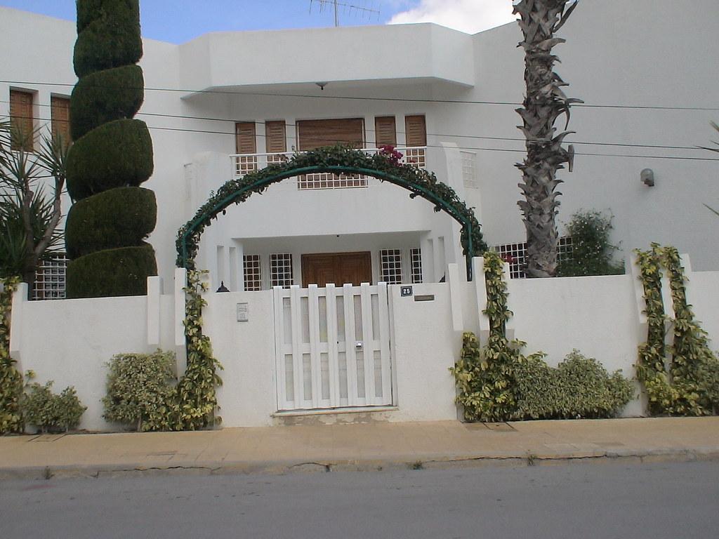 Porte ext rieure en fer forg tunis maisons citizen59 for Maison de senteur tunisie adresse