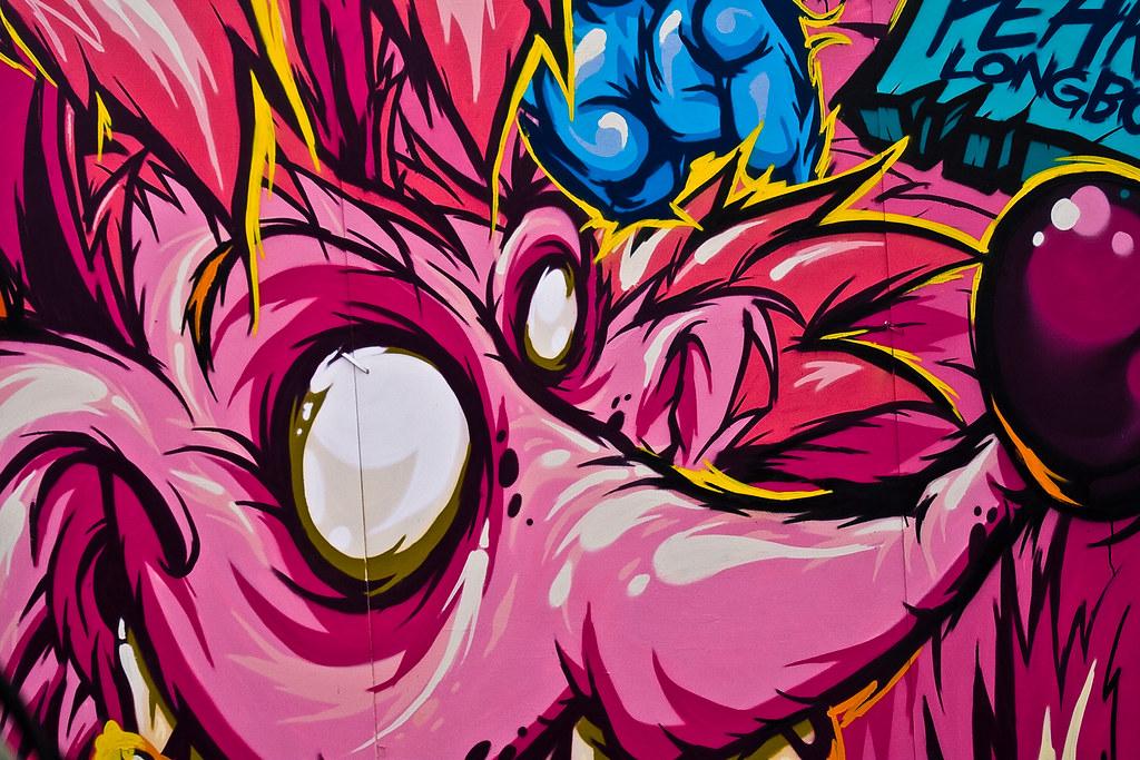 Pink graffiti | Barcelona Extreme 2009 | Pep | Flickr
