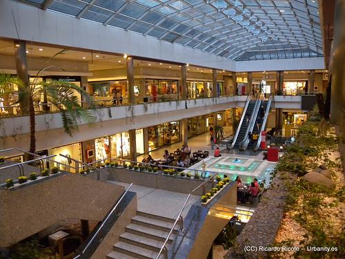 Centro comercial moda shopping edificio mapfre vida flickr photo sharing - Centro comercial moda shoping ...