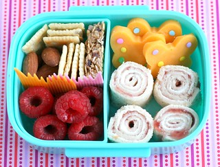 butterfly Sandwich Sushi bento | by anotherlunch.com