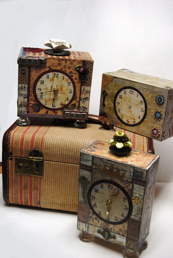 altered cigar box clocks inspired by lisa kaus be sure. Black Bedroom Furniture Sets. Home Design Ideas