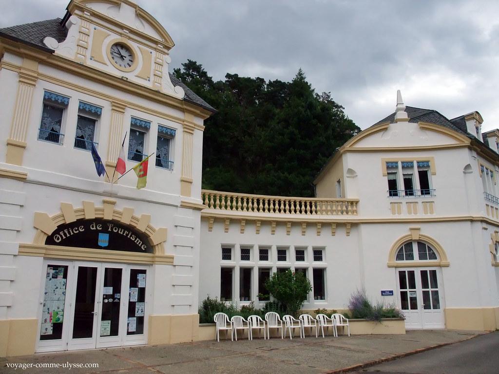 Office du tourisme de saint nectaire saint nectaire une for Office du tourisme yvelines