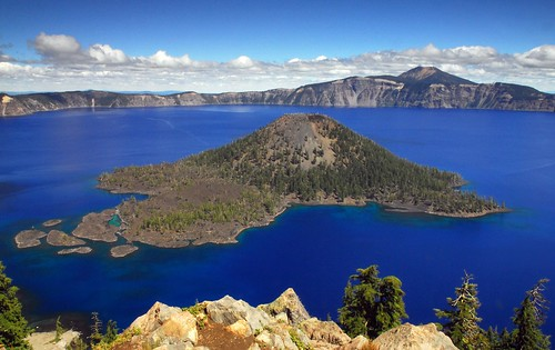 Crater Lake | by vathiman