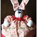 Coelha cobre-bolo