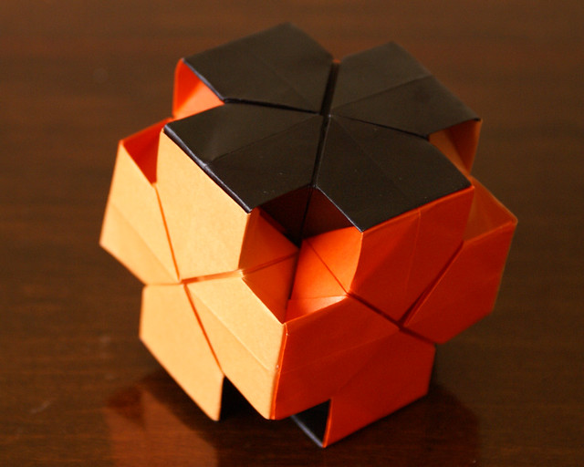 Dice Kusudama Origami Helogami Heloisa Madela Flickr