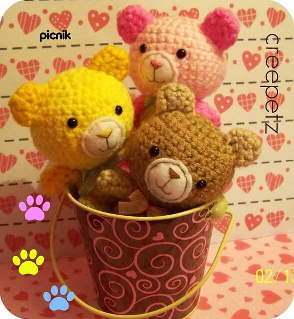 Bernat Velvet Valentine Crochet Bear (With images) | Crochet bear ... | 640x589