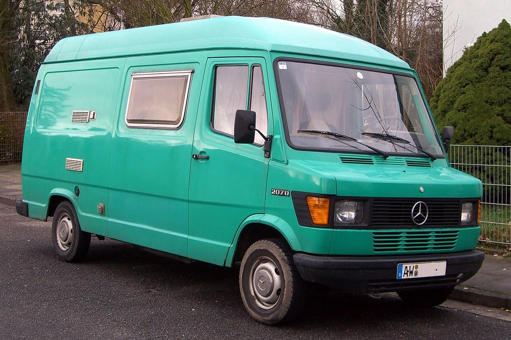 mercedes benz t1 207d van spotted in bonn germany flickr. Black Bedroom Furniture Sets. Home Design Ideas