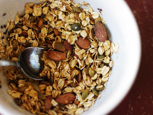 everyday granola | by Jess | Sweet Amandine
