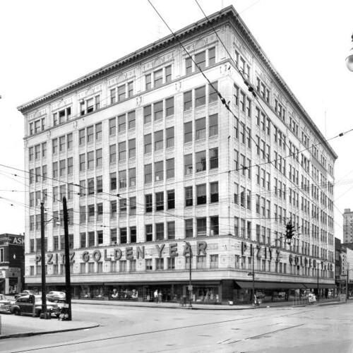 76 Best Images About Historic Downtown Storefronts On: Birmingham, AL ~ Pizitz Department Store (no Date)