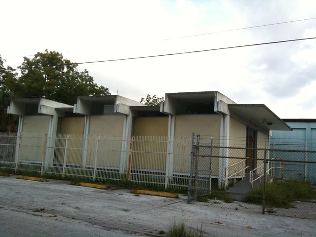 Classic 1960s architecture tampa rome ave and north b for Architecture 1960