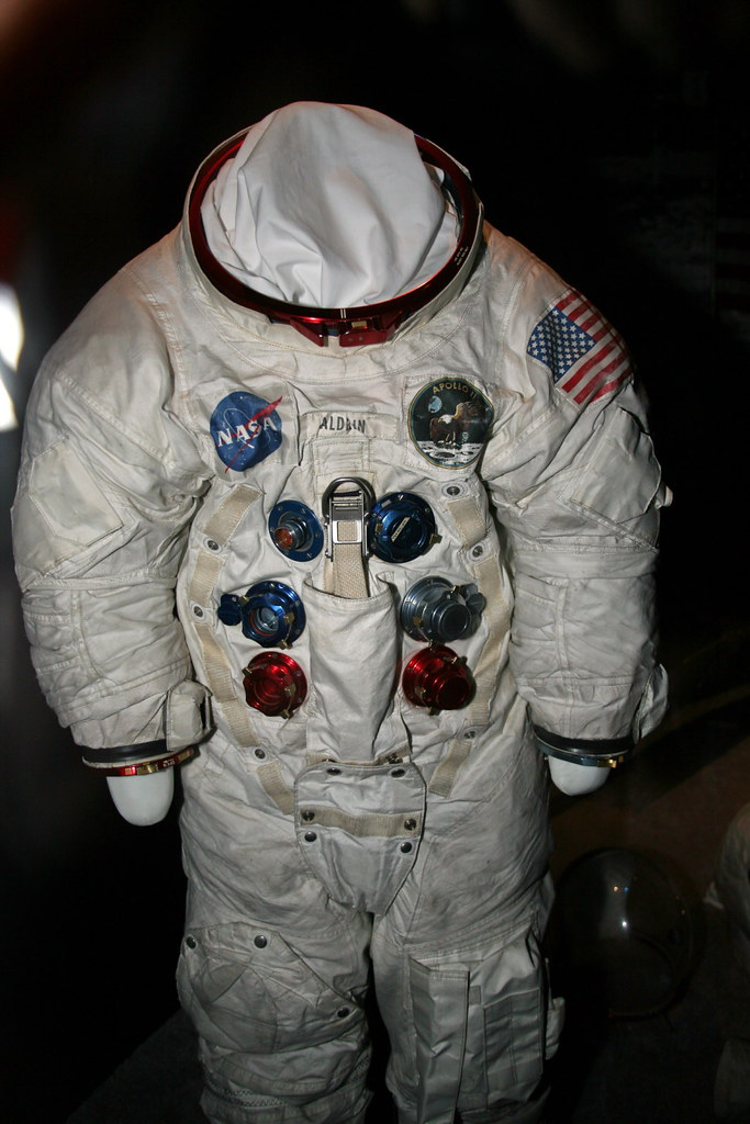 apollo 7 space suits - photo #8