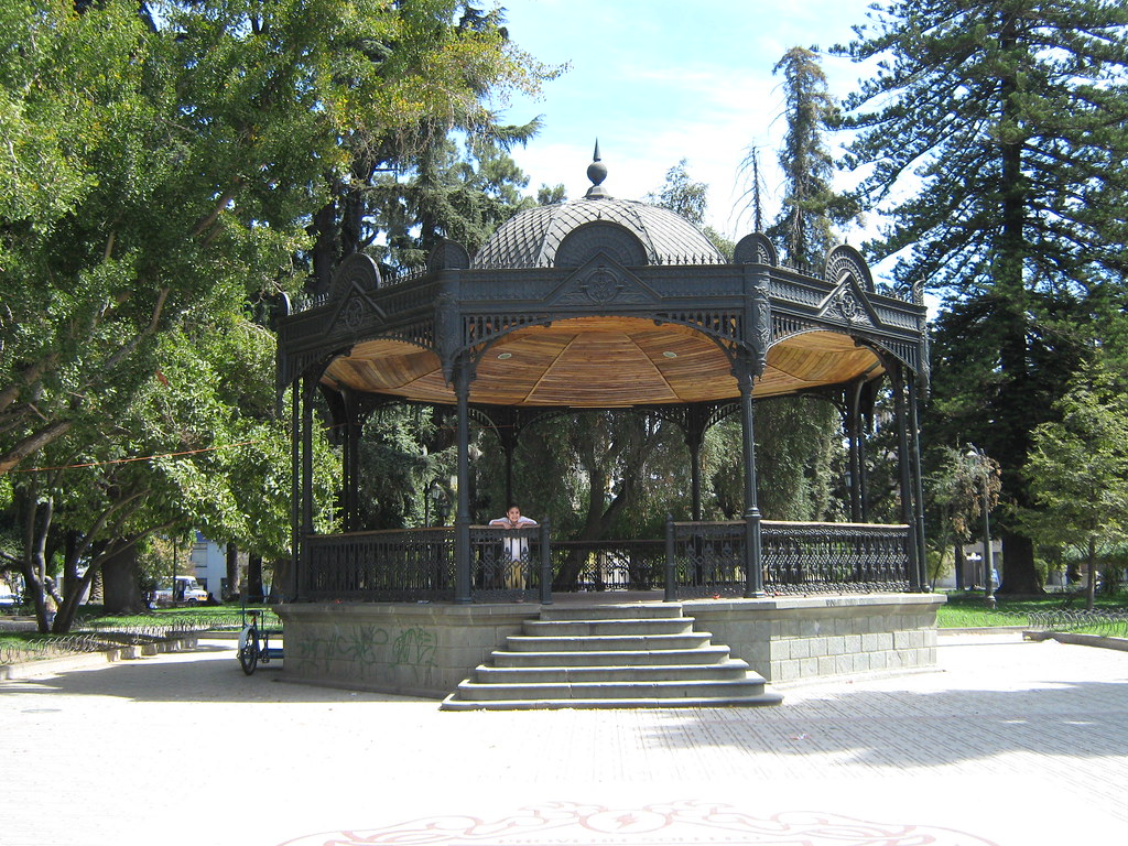 Kiosco plaza de armas talca chile kiosco plaza de for Imagenes de kioscos