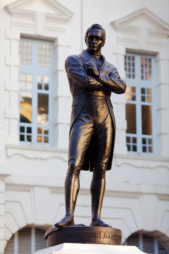 Statue Of Sir Stamford Raffles Lucian Flickr