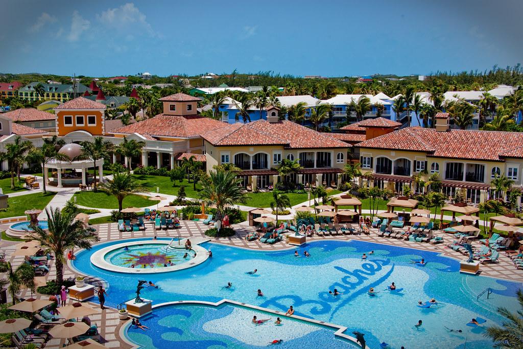 Italy Beach Resorts