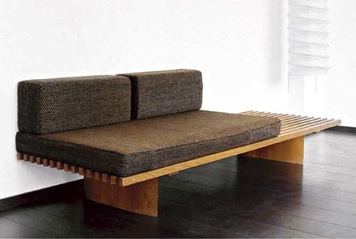charlotte perriand banc tokyo tissu des coussins h prouv flickr. Black Bedroom Furniture Sets. Home Design Ideas