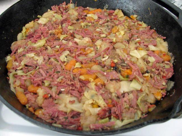 Corned Beef Hash Benedict Mimi S Cafe