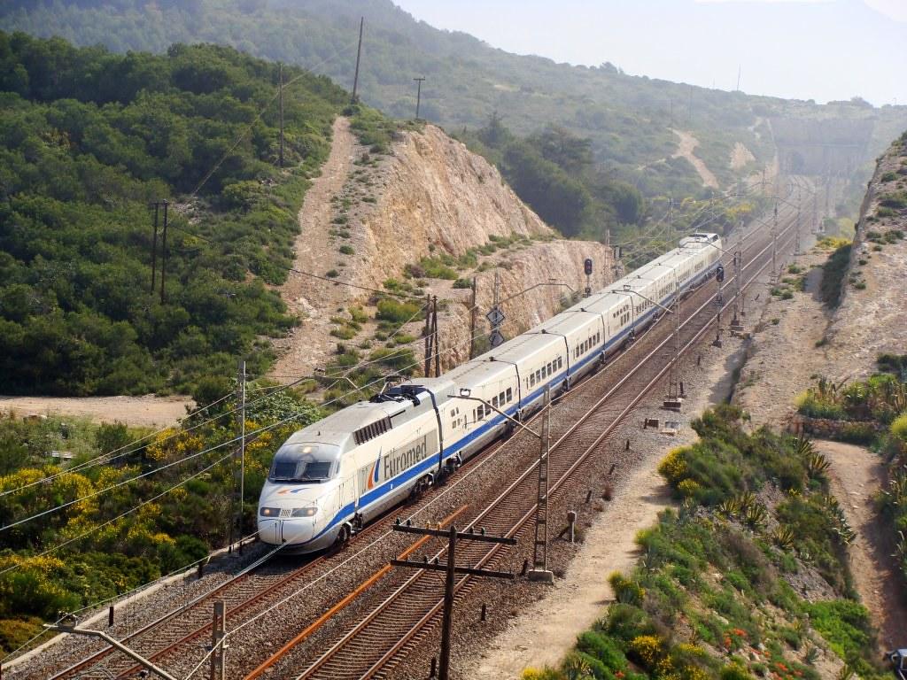 Поездом из аликанте в барселону