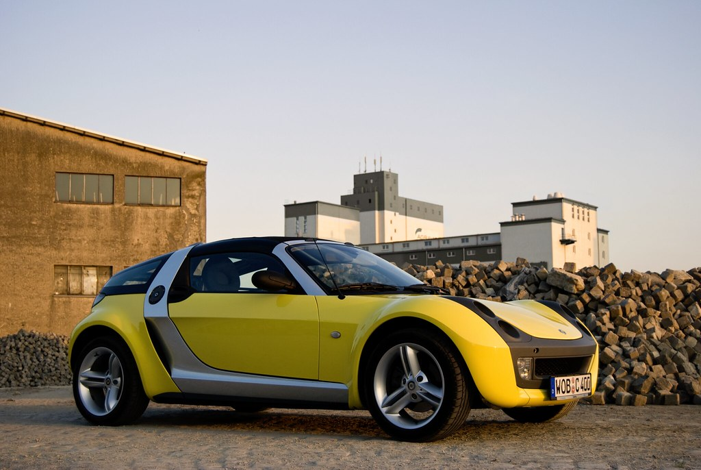 smart roadster coupe geschossen am braunschweiger hafen mbiebusch flickr. Black Bedroom Furniture Sets. Home Design Ideas