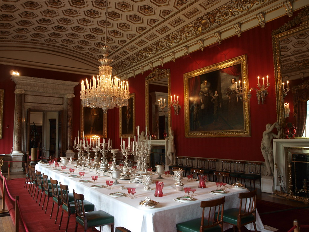 Chatsworth england chatsworth house derbyshire great for Dining room c house of commons