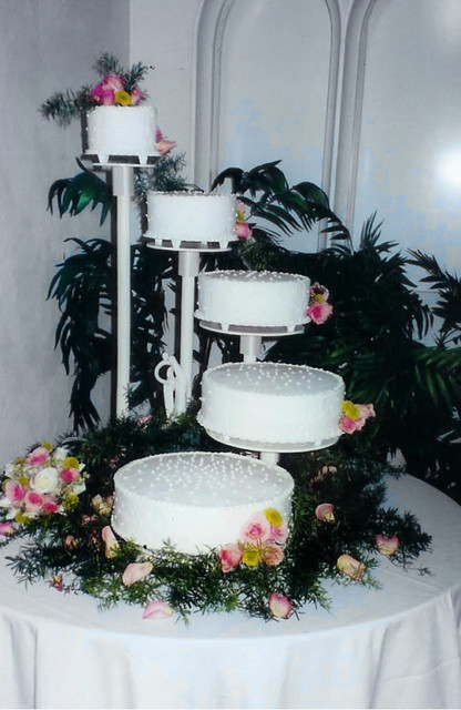 5 tier wedding cake stand five tier cascading stand wedding cake karla cakes flickr 1125