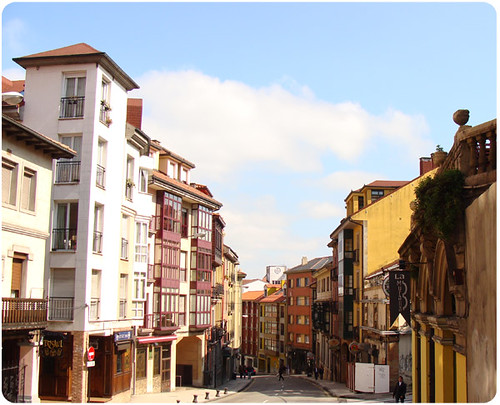 Oviedo Spain  city photos gallery : Street Oviedo, Spain | Flickr Photo Sharing!