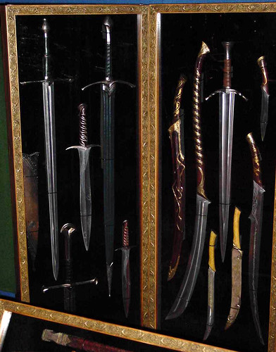 LOTR Weapons Case at Armageddon Wellington 2003 | Flickr ...