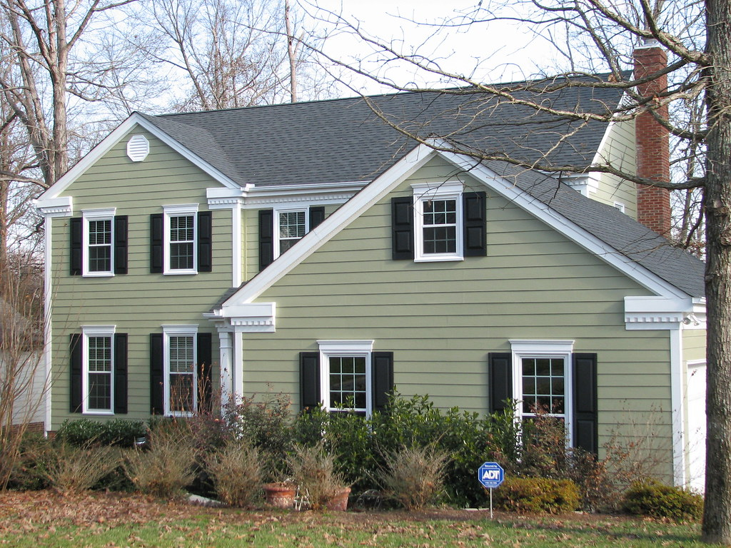 Hardiplank colorplus siding in color heathered moss and vi for New siding colors