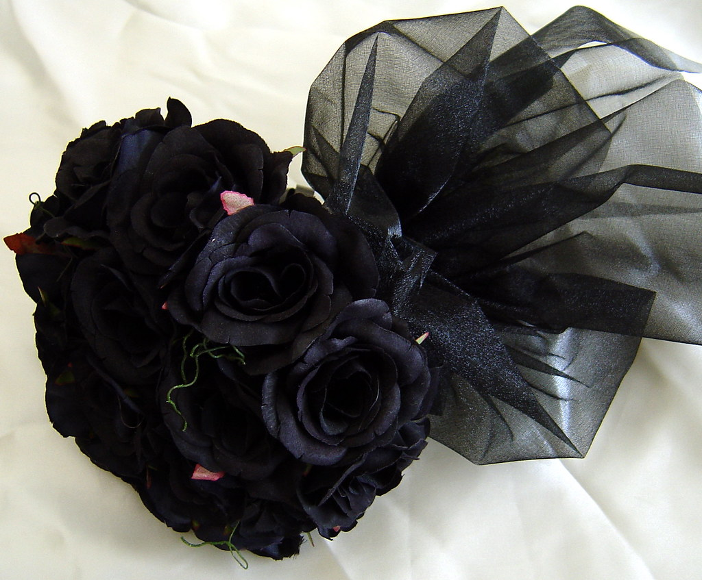 Knumathise real black rose bouquet images for How to make black roses
