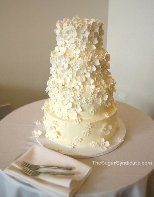 floral wedding cake the sugar syndicate custom cakes and flickr. Black Bedroom Furniture Sets. Home Design Ideas