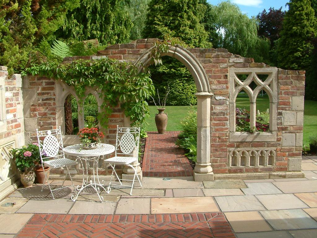 Traditional Garden Folly | Cool Gardens | Flickr
