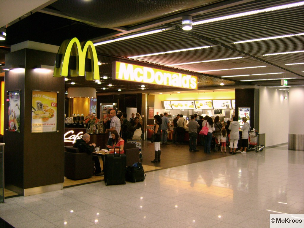 mcdonald 39 s d sseldorf international airport ankunft c ger flickr. Black Bedroom Furniture Sets. Home Design Ideas
