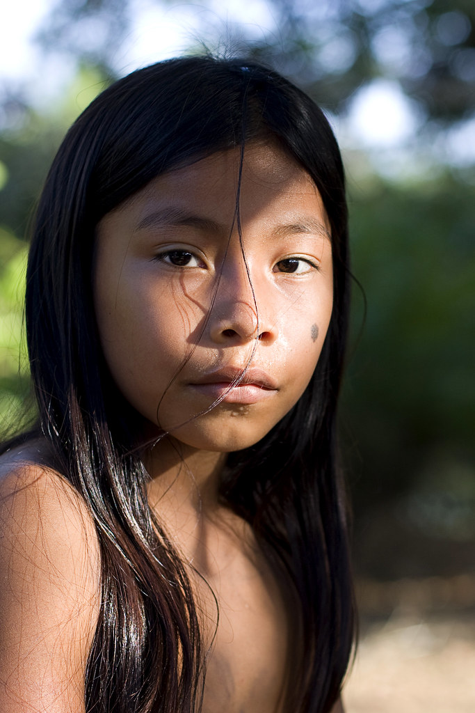 Embera Child  Simone  Flickr-2104