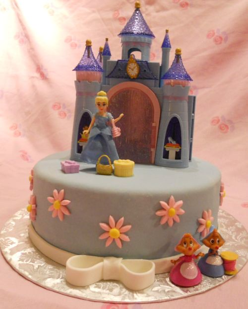 how to make a cinderella castle cake