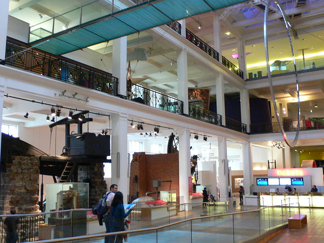Foyer Museum London : Energy hall at the science museum london flickr photo