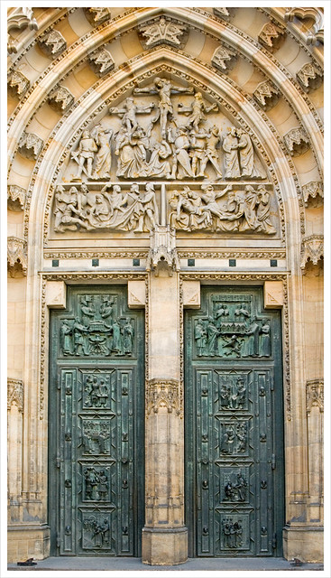 The doors of st vitus prague czech republic the for Door z prague