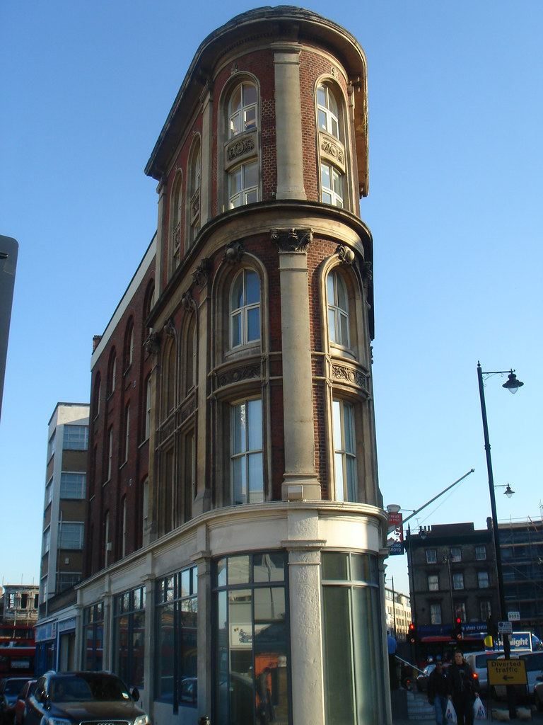 Flat iron building in London | Round the back of Liverpool ...
