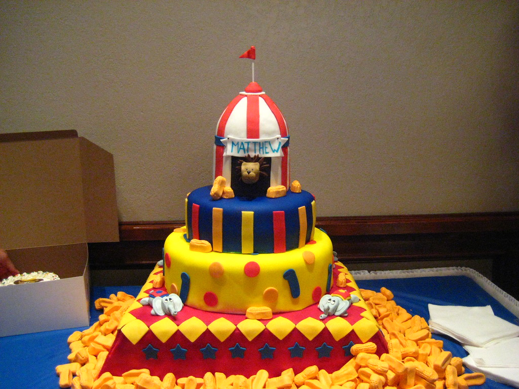 Circus Cake My Four Tier Tower Of Sweetness Lol This