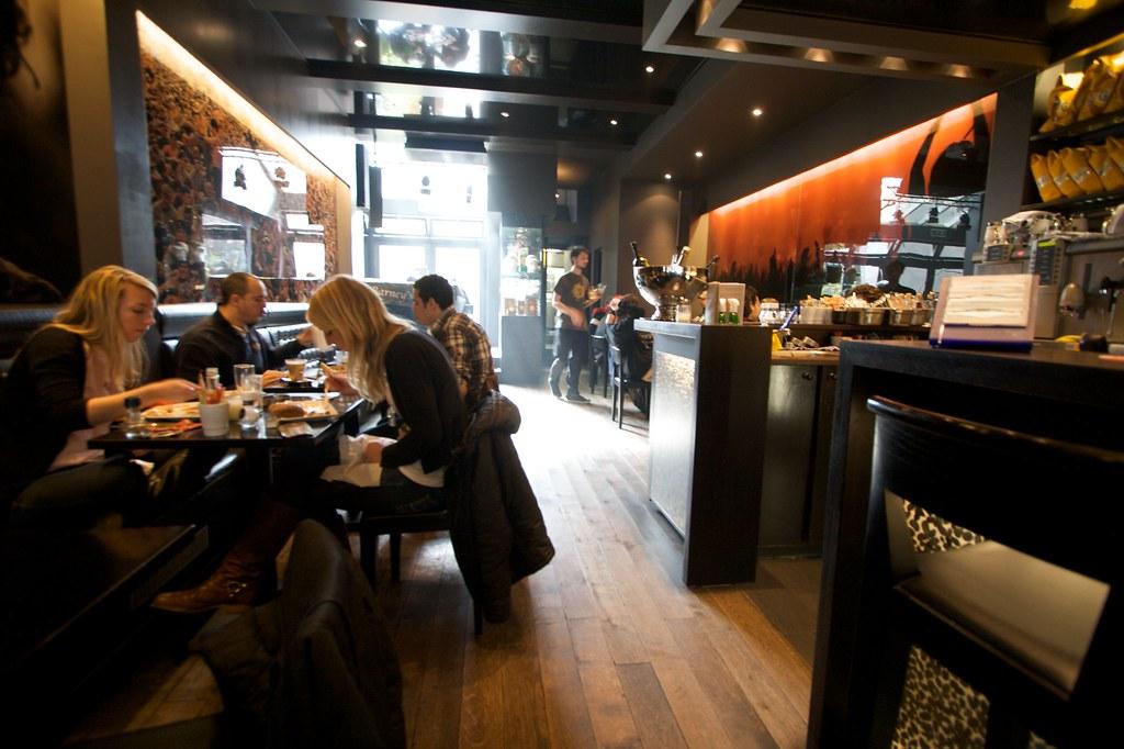 Barneys Amsterdam Coffee Shop