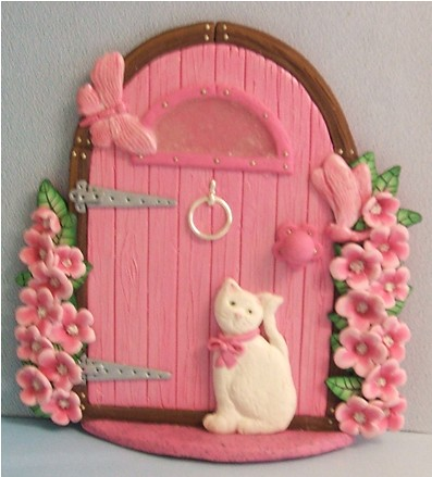 Pink fairy door with cat yet another pink fairy door for Pink fairy door
