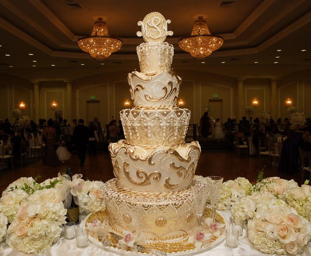 Inexpensive Wedding Cakes Chicago