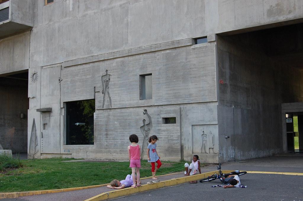 Unite d 39 habitation at firminy vert le corbusier 1965 68 flickr - Unite d habitation dimensions ...