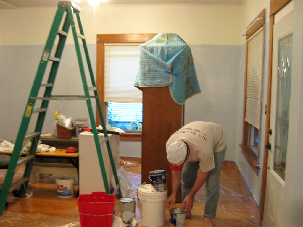 Painting Living Room Bulkhead