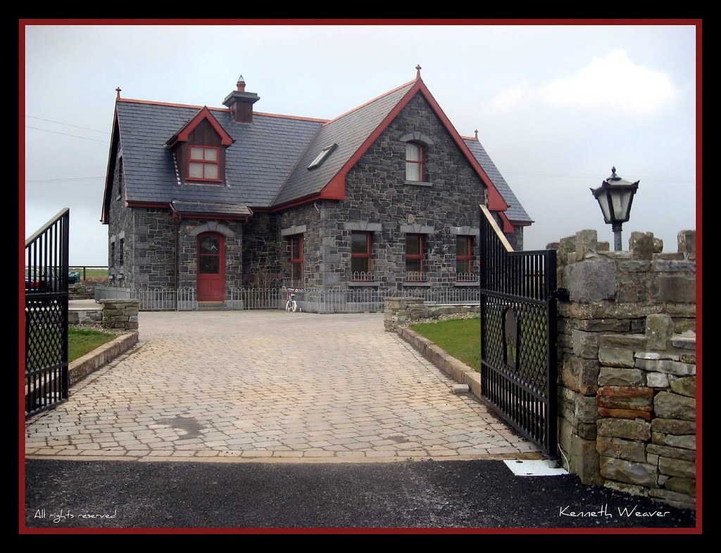 beautiful stone house in ireland we came across this house flickr. Black Bedroom Furniture Sets. Home Design Ideas