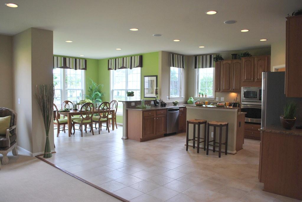 Casa modelo cocina y desayunador cocina y desayunador for Modelos de pisos de cocina