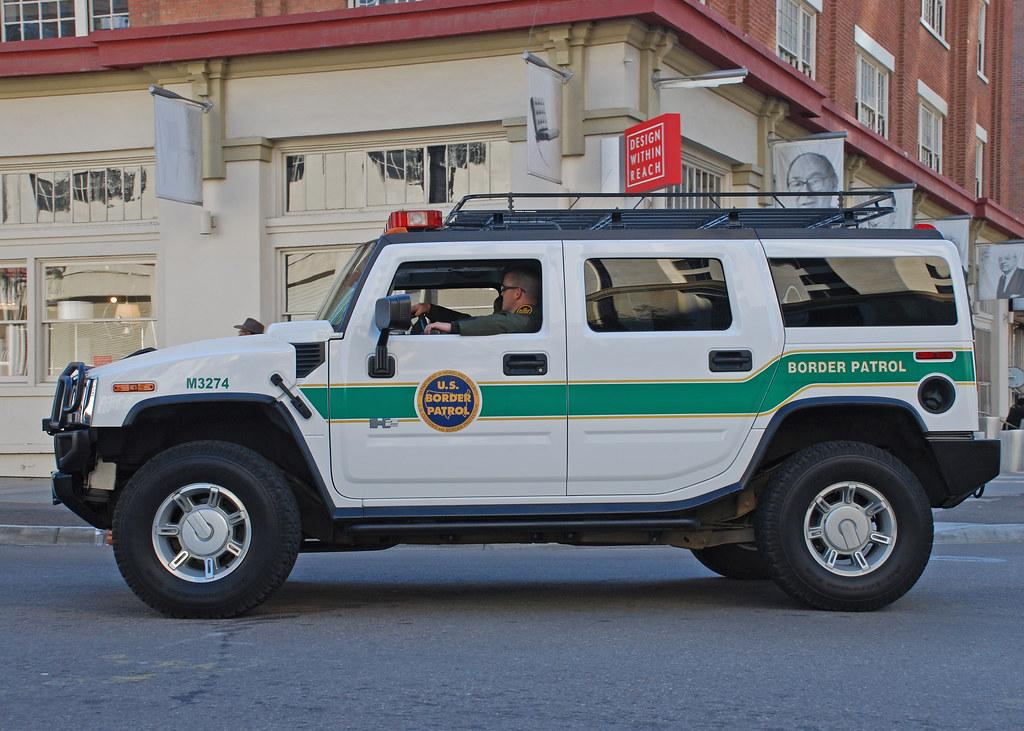 U S Border Patrol  >> Border Patrol | Hummer H2 of the U.S. Border Patrol in ...