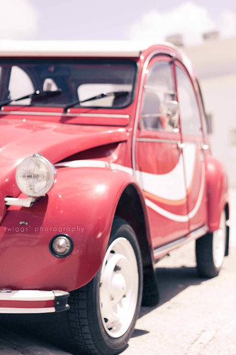 {postcards :: the red car} | by Hello Twiggs